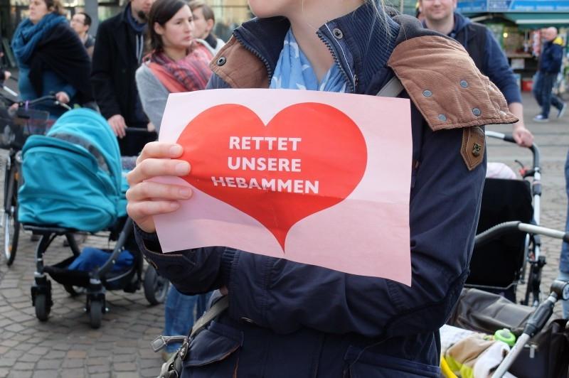 Demo der Hebammen in Bremen