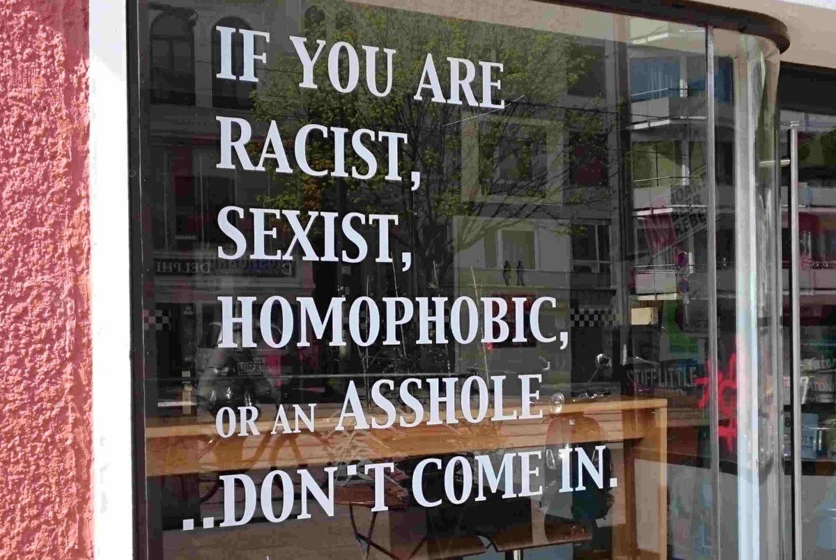 Spruch im Schaufenster von Rock&Wurst Bremen