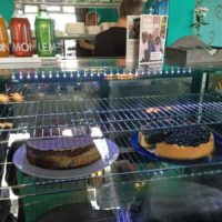 Vegane Kuchenauswahl im Café Vegan
