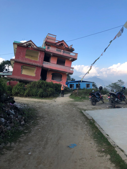 zerstörtes Haus, Erdbeben Nepal, Chisopani, Langtang Trekking